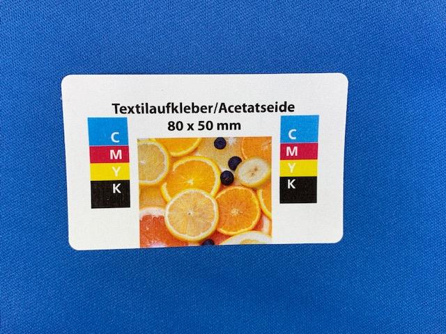 Namensschilder. personalisierter Textilaufkleber  aus Acetatseide selbstklebend
